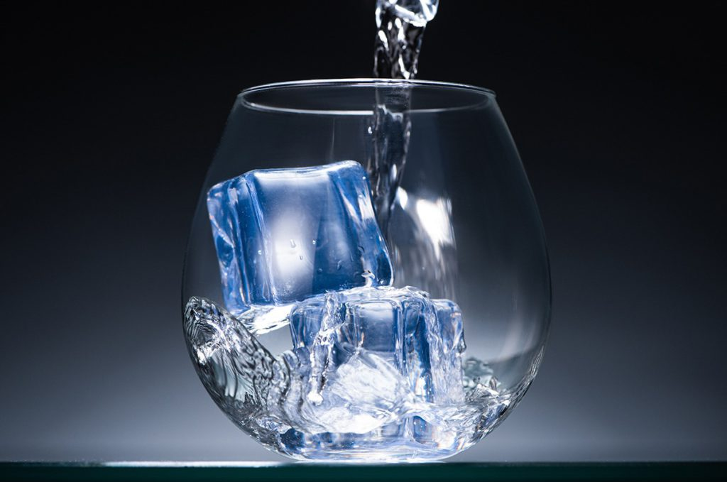 spottless-glass-filled-with-crystal-icecubes