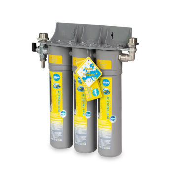 Cartridge water filtration system arranged in line.