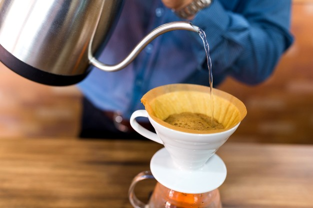 bsta-pouring-water-on-coffee-with-filter